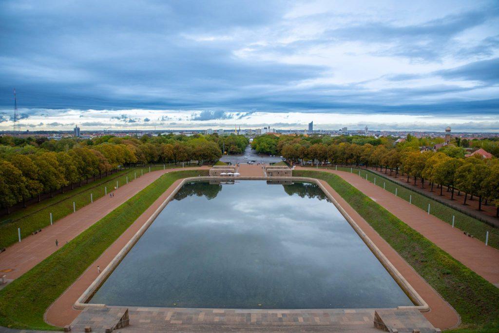 See der Tränen - Blick vom Balkon des Völkerschlachtdenkmal
